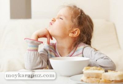 Причины и что делать, если у ребенка нет аппетита