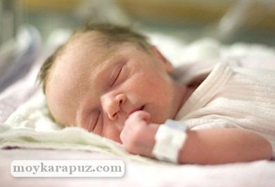 Скрининг новорожденных в роддоме: зачем проводят