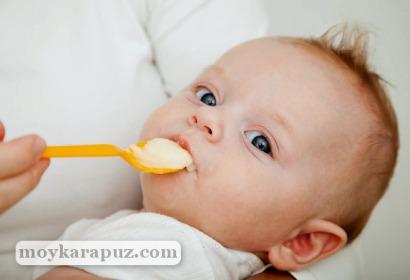 Введение прикорма ребенку в 3 месяца
