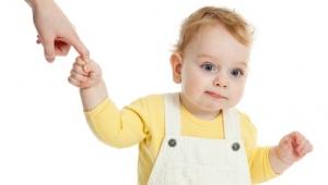 Ребенку 1 год, его развитие и питание