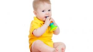 Ребенку 6 месяцев, его развитие и питание